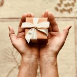 5 Reasons you should be personalizing your gift packaging