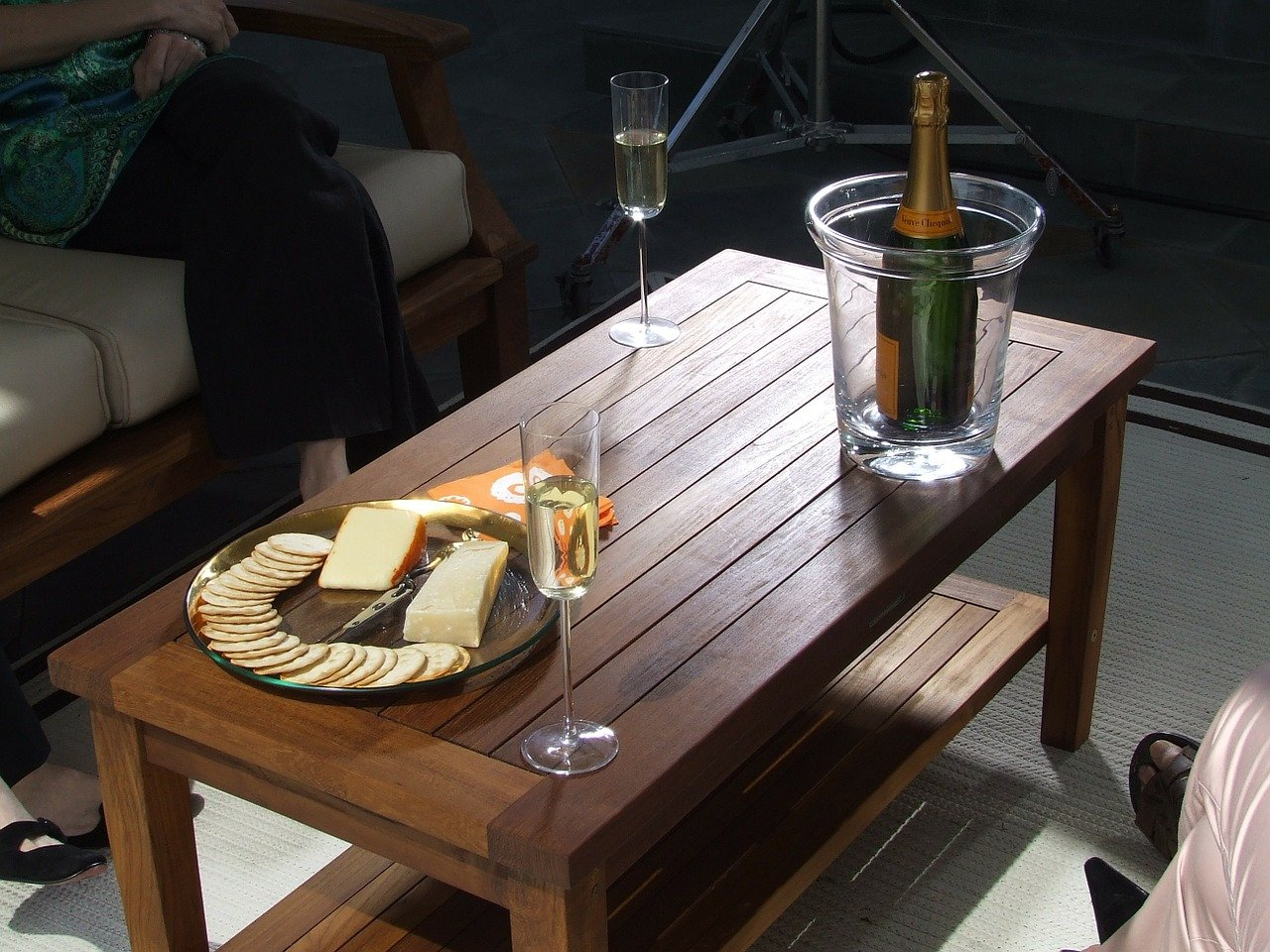 Maximising Sunshine in Your Garden for Teak Garden Furniture